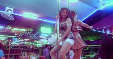 Beer Bar Pattaya Girls out dance most Strolling Avenue Plod Plod Girls