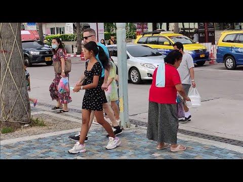 Pattaya Seaside and Soi 8 | Long Thai Weekend