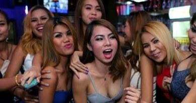 Pattaya strolling avenue   ladies nightlife   ladies road aspect subscribe me