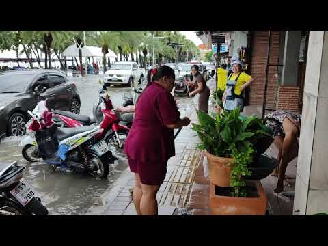 Pattaya Second Road and flooding on Sea run Road.(Right here's what it appears love)