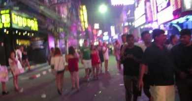 Pattaya Nightlife Strolling Avenue by Delhi Boy's