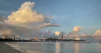 Pattaya Seashore twin carriageway Thailand