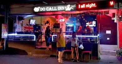 Bars of Soi Buakhao, Pattaya, Thailand [4K] [2020]
