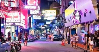 A evening on Pattaya Walking Avenue (2020-10-25)
