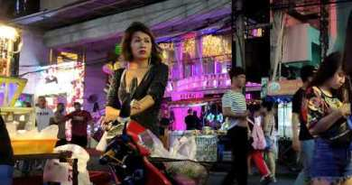 Thailand Pattaya Coastline Street Ladies-65