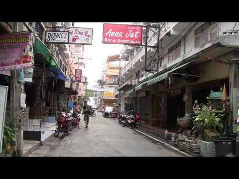 CAN YOU WALK? – Pattaya Seaside Freeway Soi8 2011 – HD