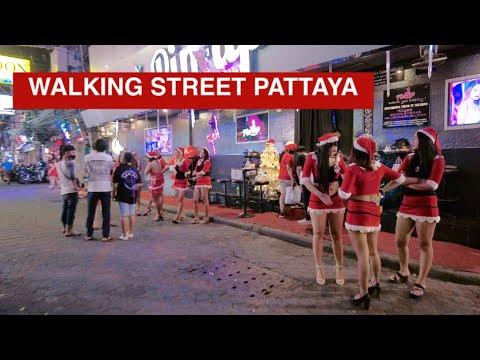 Strolling Facet road Pattaya on Christmas Night December 2020  #pattaya #walkingstreet #pattaya2020