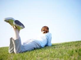 relaxing ni the grass