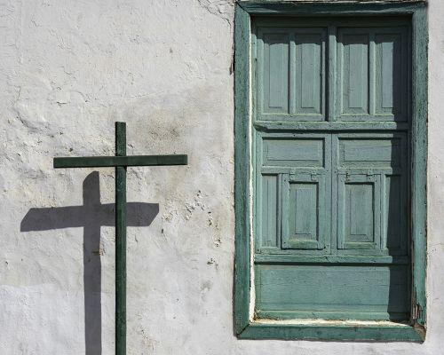 Double Cross 1