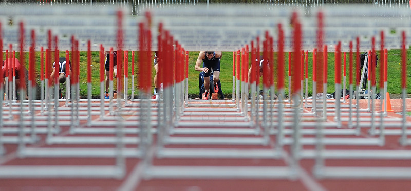 © Paul Conrad/Pablo Conrad Photography - Western Washington junior Logan Myers of Olympia, Wash.,  launches during the start of the Men's 110 meter hurdles the 2014 Ralph Vernacchia Track and Field Meet at Civic Field in Bellingham, Wash., on Saturday April 26, 2014. Meyers came in second with a time of 14.69 seconds making it a new personal best.