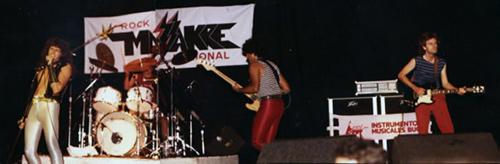 Massakre abre las presentaciones de Van Halen (1)