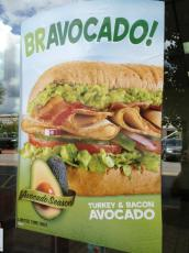 This looks so good! I'm crazing avocado for some crazy reason! http://t.co/BwPWbvUr