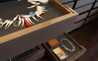 Collecting Contemporary Jewelry