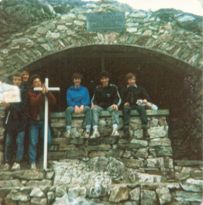 19850514-006-ie-leenane-school_trip-pray_dxo
