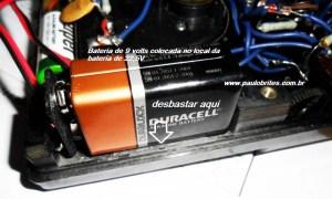 Colocação da bateria de 9V