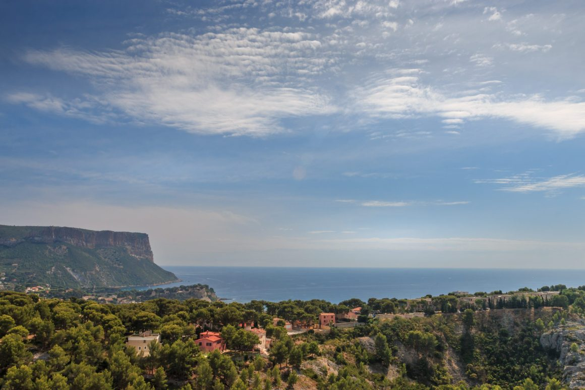 Cassis bike touring