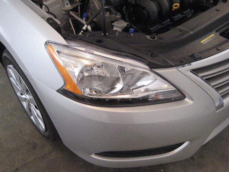 2013 Nissan Sentra Headlight
