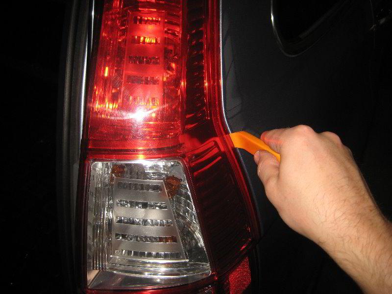 Honda Cr V Tail Light Bulbs Replacement Guide 012