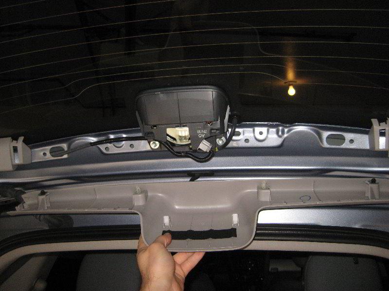 Honda Cr V Third Brake Light Bulb Replacement Guide 014