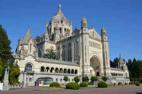 Basilika Sainte-Thérèse in Lisieux