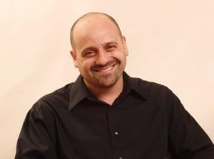 """El argentino Marcelo Mitnik, productor y guionista de """"Chau, Beyond the Lines""""."""