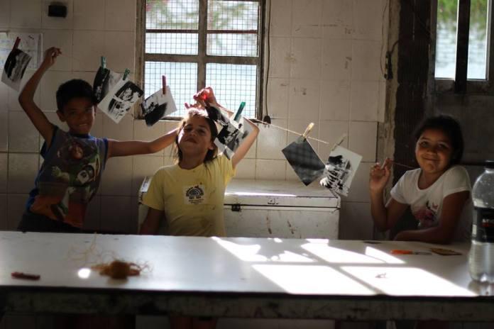 En las ediciones anteriores de Revelión se pudieron ver los resultados de los talleres de fotografía. Participan chicos de entre 6 y 18 años de distintos barrios de la ciudad.