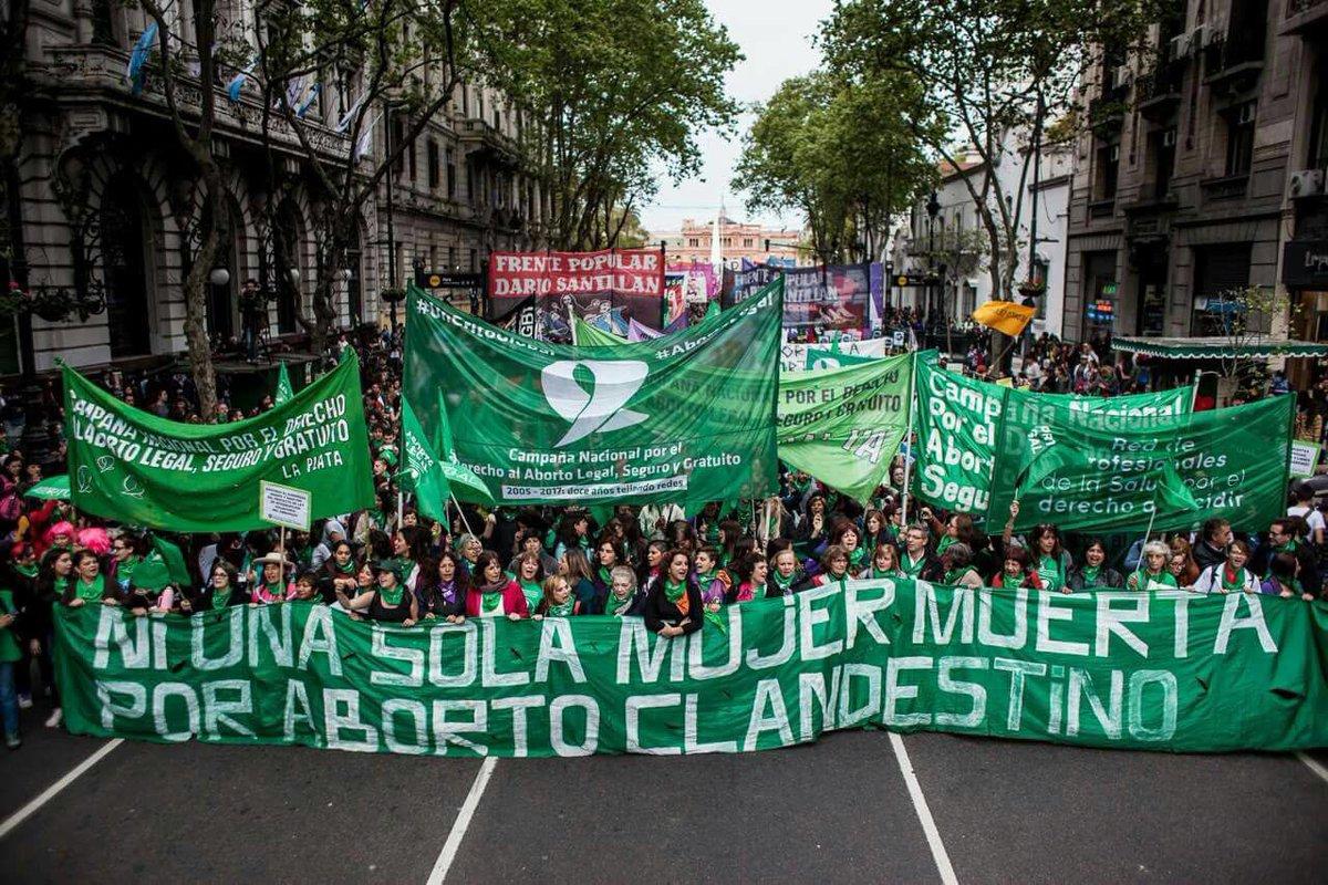 El aborto legal tendría luz verde para debatirse en el Congreso   Pausa