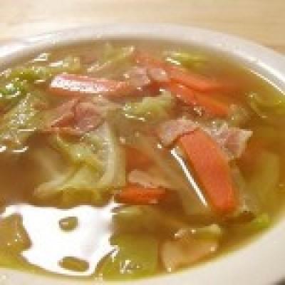 Modificari aduse dietei cu supa de varza pentru un efect maxim care nu iti compromite sanatatea