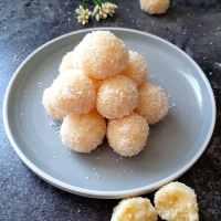 Instant Coconut Ladoo With Condensed Milk