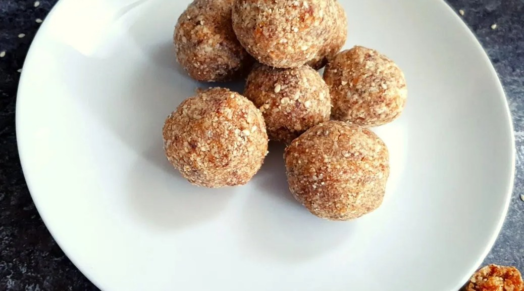 dates sesame seeds ladoo