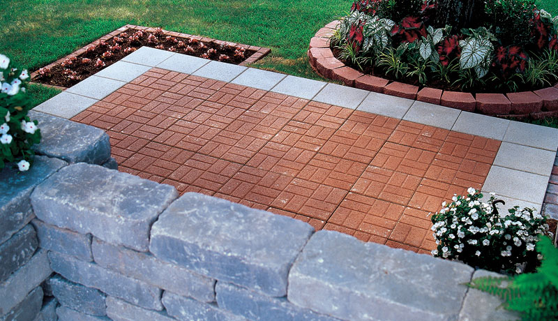 18in brickface pavestone creating