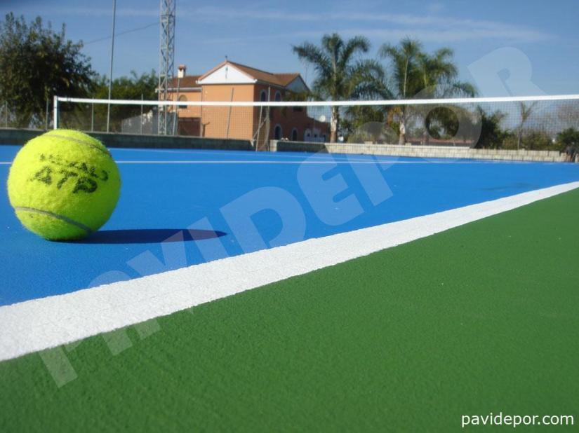 Construcción pista de tenis profesional en Utrera, Sevilla