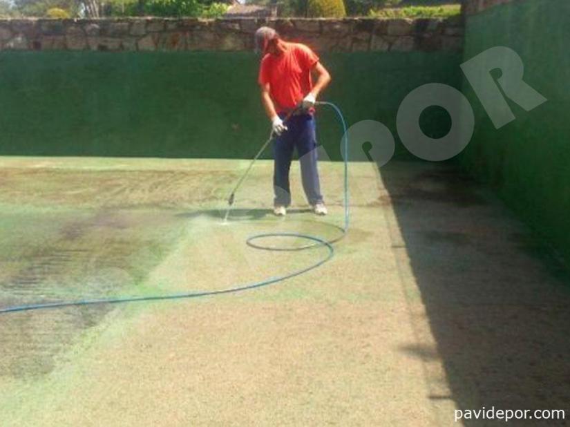 Reparación Pista de tenis con hormigón poroso en Madrid 05