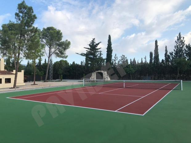Construcción pista de tenis