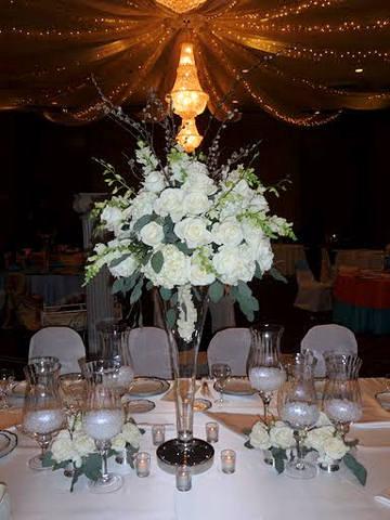 Marnes Blog Elegant Three Tier Square White Wedding Cake