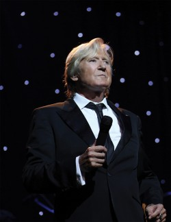 Joe Longthorne in Concert at the Pavilion Theatre, Glasgow