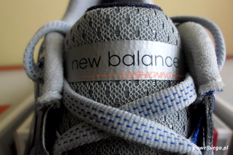 New Balance 1080 v5 - język