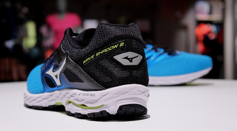 Mizuno Wave Shadow 2 - tyłem
