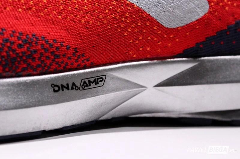 Brooks Levitate 2 - DNA AMP