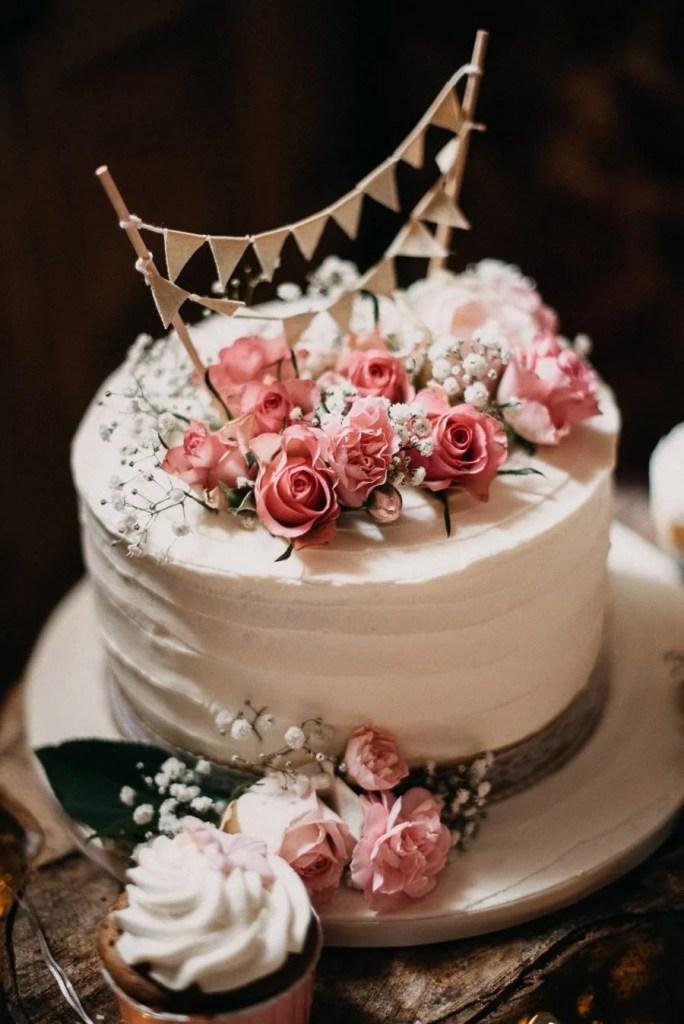 wedding cake in Belleek Castle