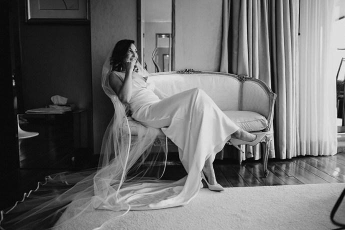 bride in the g hotel room rady for wedding