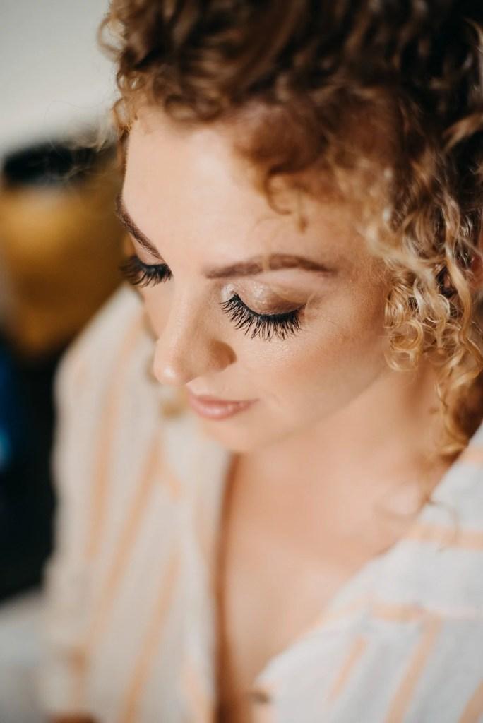 getting ready of bride in castle dargan