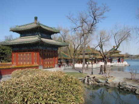 Kontrasty, park Beihai izakaz palenia 9