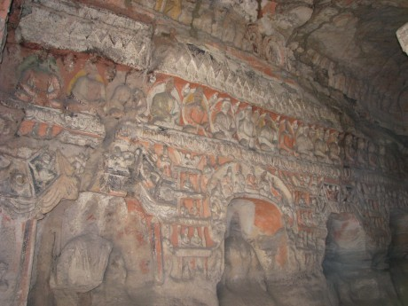Datong - wiszące klasztory igroty Yungang 12