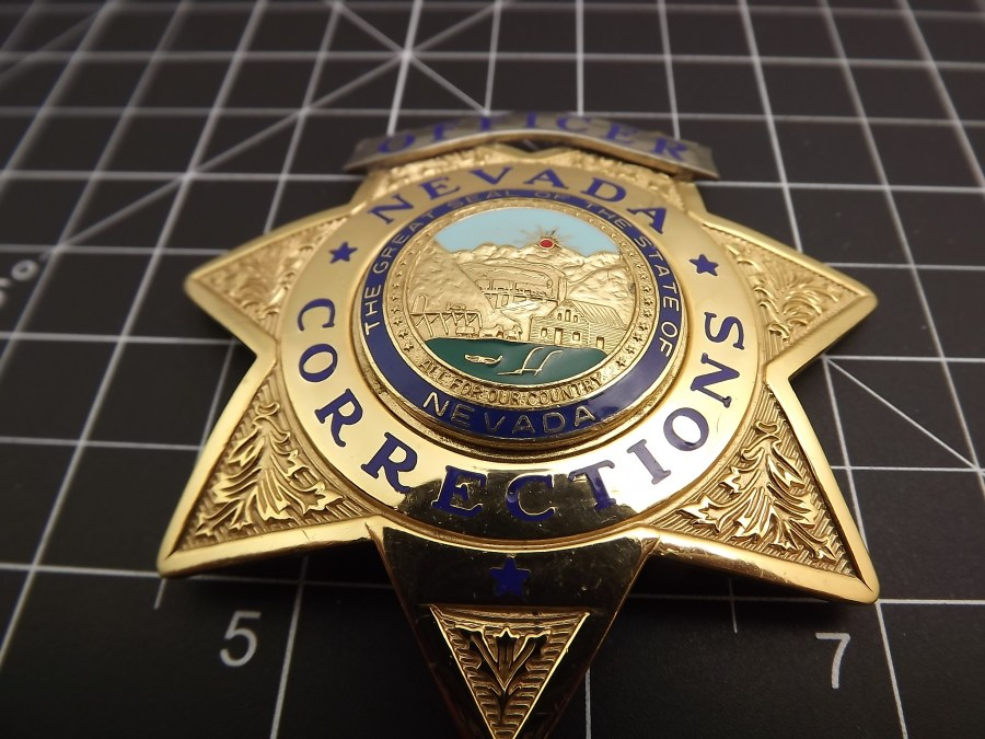 Full-size Nevada corrections officer law enforcement badge looks to be an almost new shape BLACKINTON 3