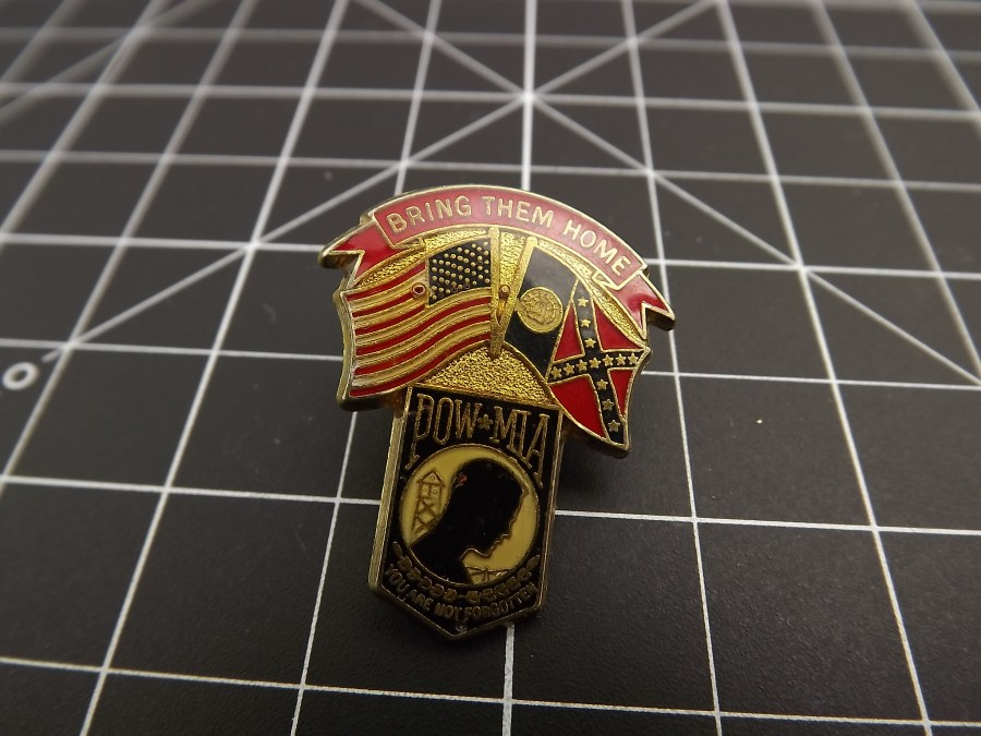 POW LAPEL PIN, brand-new with the American flag and Confederate flag 1