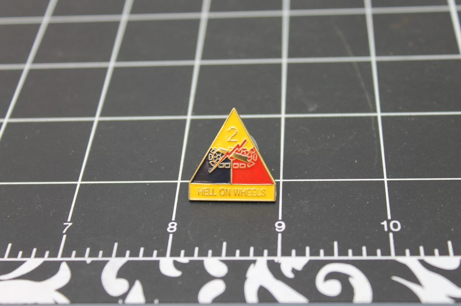 """BRAND NEW Lapel Pin United States Army 002ND Army Division Hell On Wheels 1"""" SECOND ARMY DIVISION-HELL ON WHEELS 1"""