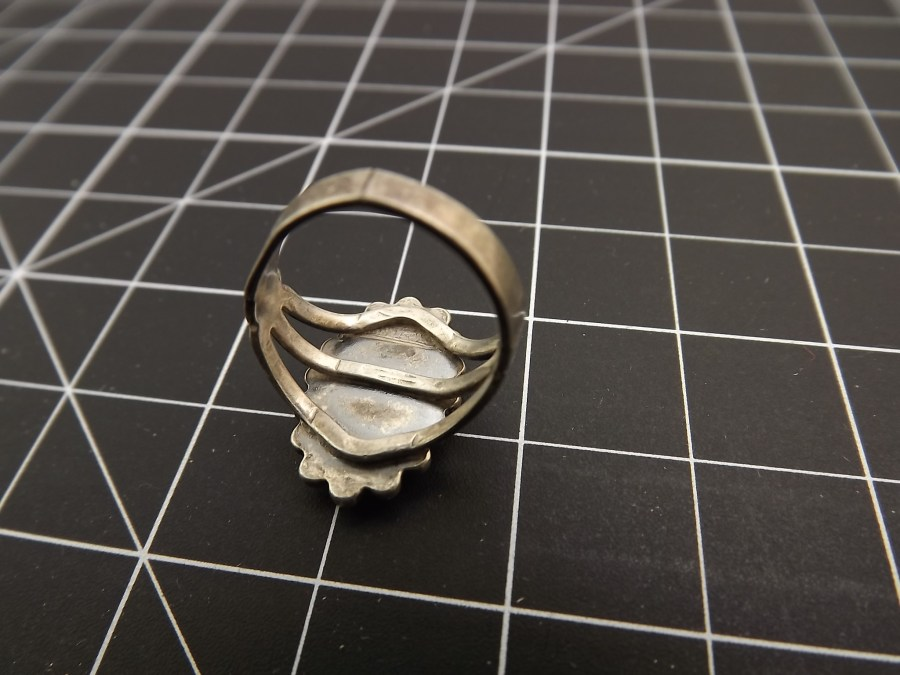 Sterling Silver Ring 925  missing stone great for repair or scrap 3