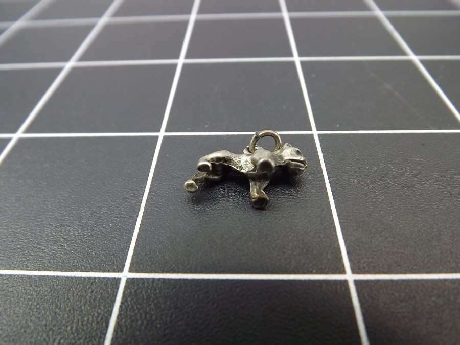 VINTAGE STERLING SILVER BOXER DOG BREED CHARM 2.0 GRAMS 3