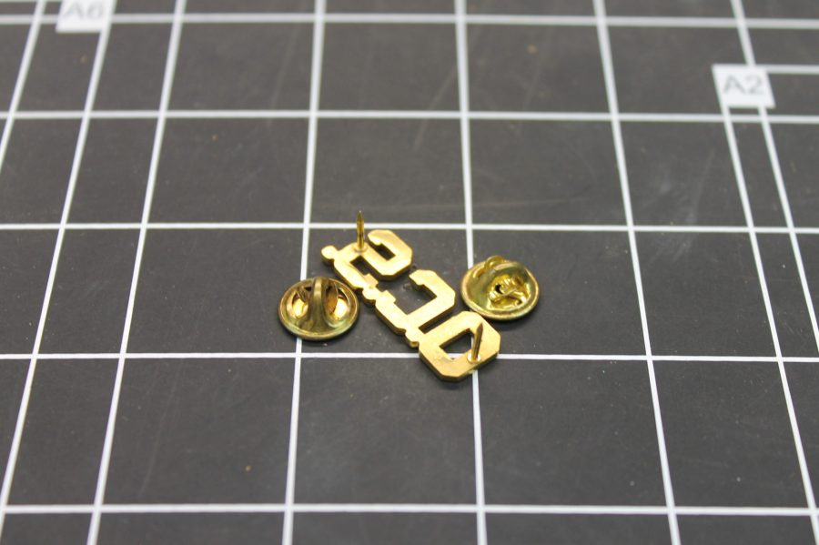 VINTAGE ANTIQUE GOLD TONE O.C.S. UNITED STATES MILITARY LAPEL PIN 2